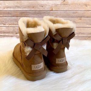 UGG Chestnut Mini Bailey Bow II Boots
